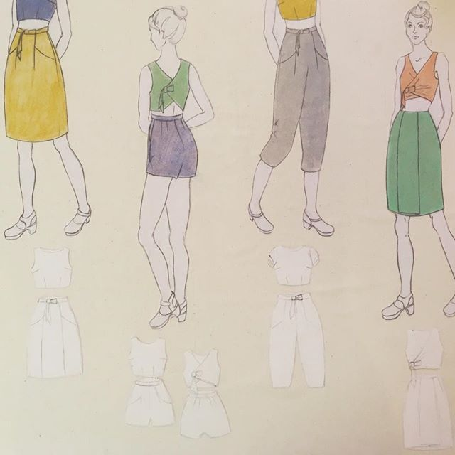 High temperatures leave me wanting to wear only crop tops and loose linen. Good thing I spent the afternoon in my studio sewing buttons onto a linen tank. . Photos to come soon. In the mean time, I'll be sitting in front of a fan, drawing more garments and neglecting my plants until sunset. . . . . .  #fashionillustration #designplanning #sewing #handmadewarderobe #isewmyclothes #isewmyownclothes #imakemyclothes #imakemyownclothes #idesignmyownclothes #diy #ilovesewing #memade #memadewardrobe #memadewardrobe2018 #memadeeveryday #isew #diysewing #diyfashion #handmadefashion #fashion #fashiondesign #fashiondesigner #fashionstudent #art #artist #artstagram #artistsofinstagram #artiststudio #artstudio #jayamade