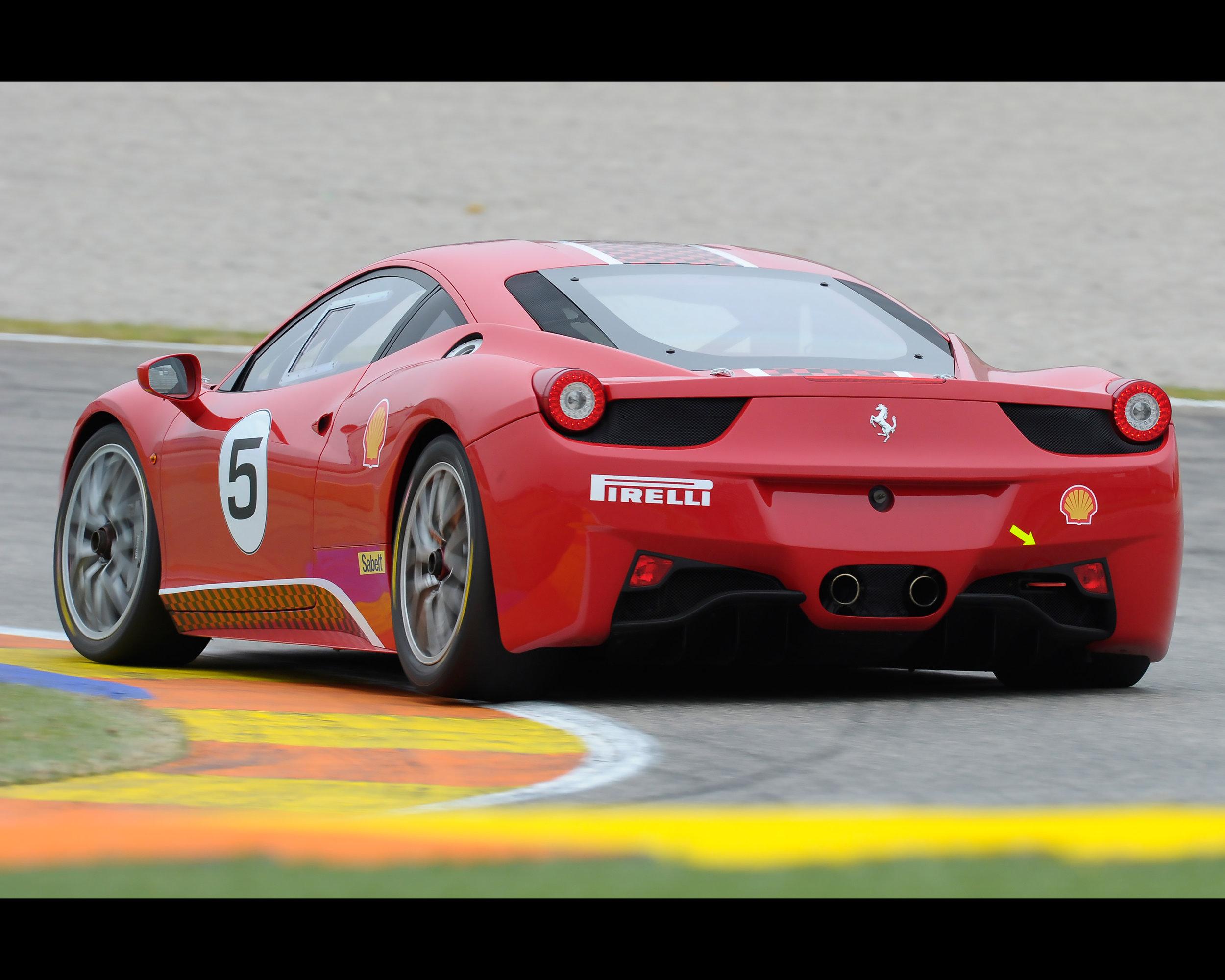 ferrari-458-challenge-02.jpg