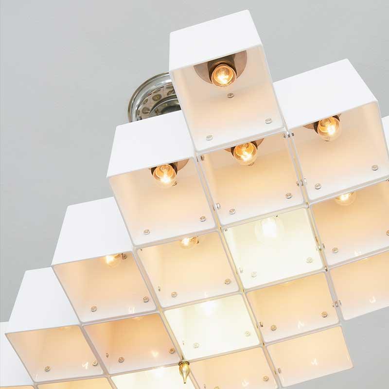 8-DENIS-BROSSARD-Montreal-lampi-lampa-emmanuel-cognee.jpg