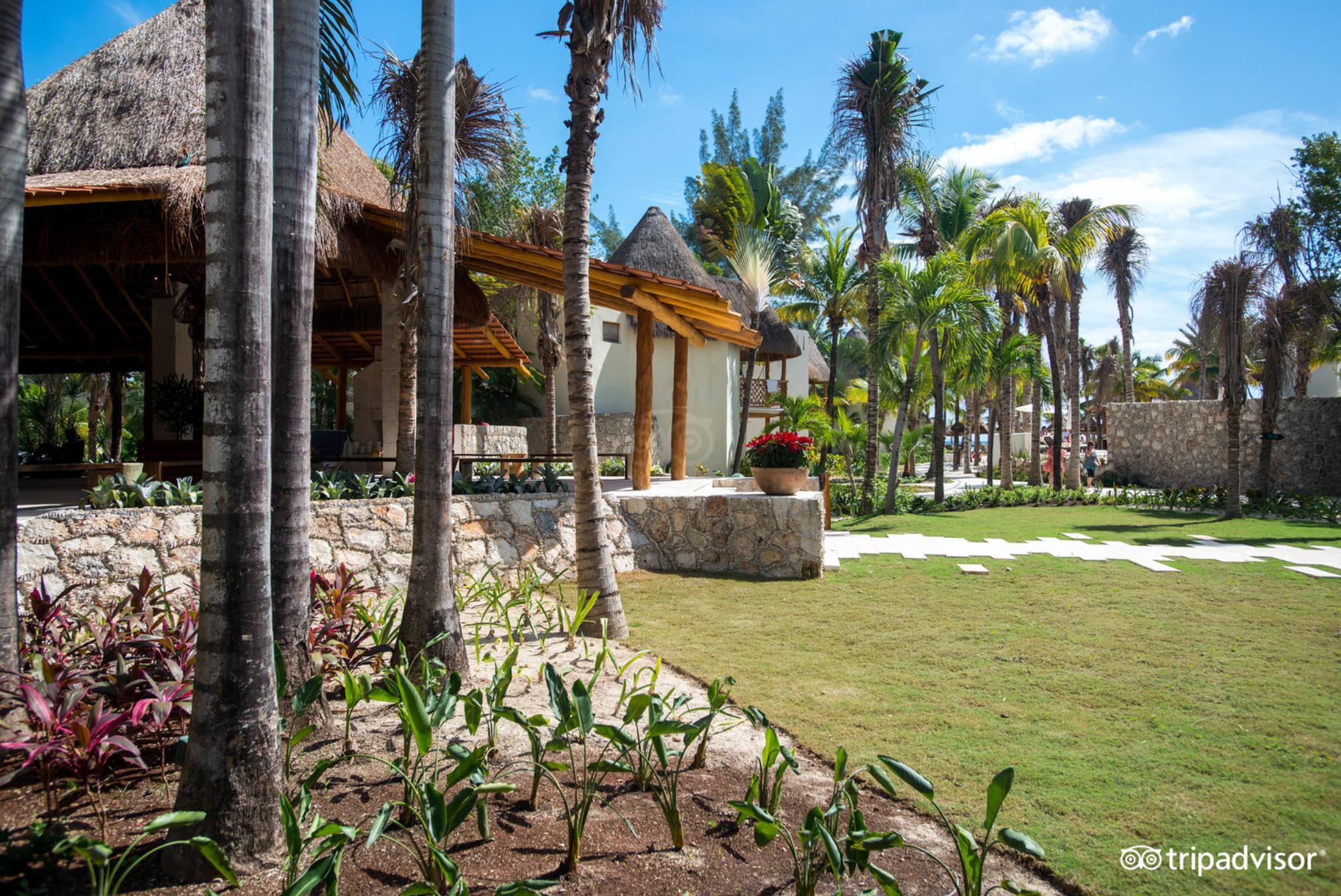mahekal beach resort 4.PNG
