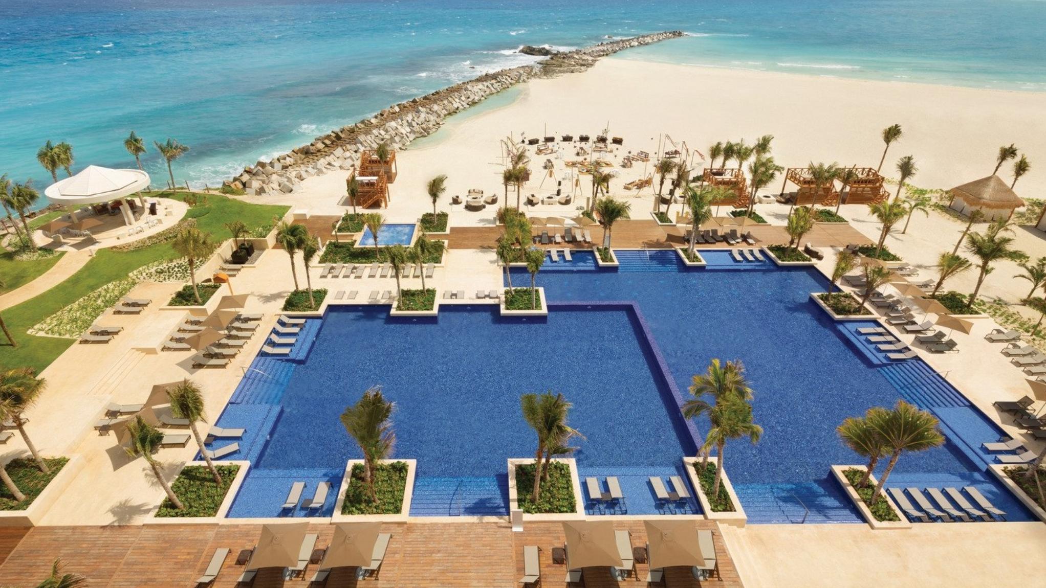 Indian Destination Wedding Hyatt Ziva Cancun 2.PNG