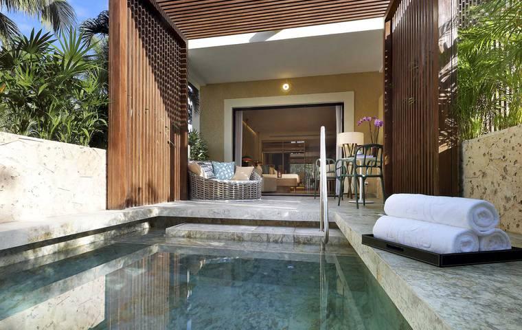 Junior Suite Private Pool