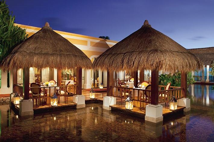Now Sapphire Riviera Cancun 2.jpg