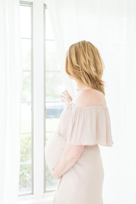 philadelphia main line maternity photographer natural light-26.jpg
