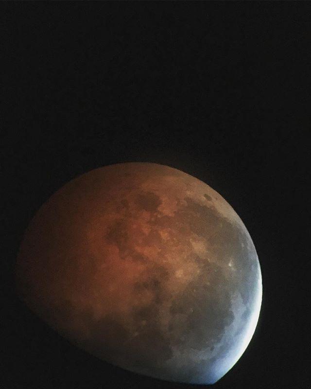 Super Blood Wolf Moon #lunareclipse #moon #caltech #space