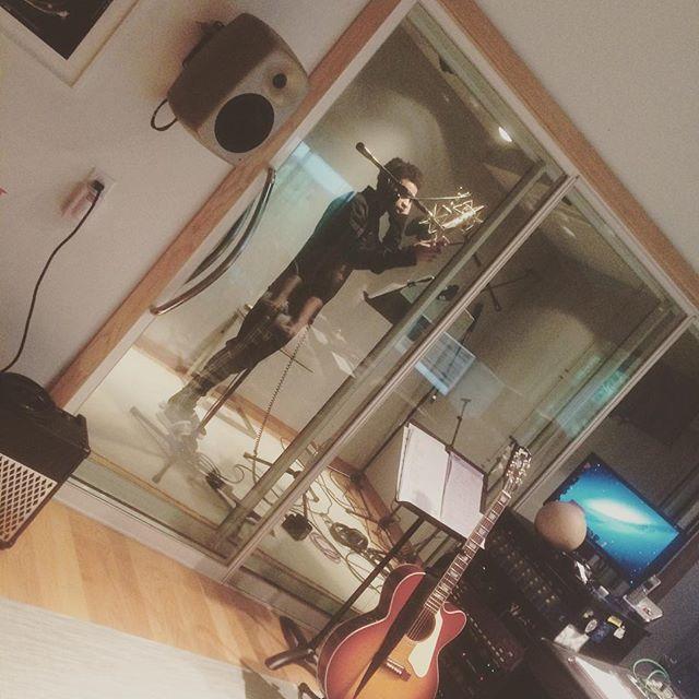 Lil bit thrilled bout this #unoszn#noquestionsasked#hiphop#lofi#studio#おんがく