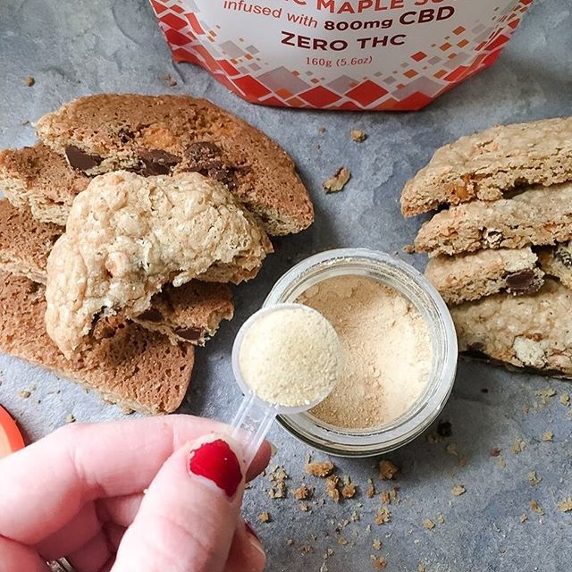 Mmmmm, butterscotch chocolate chip maple CBD cookies... 🍪 🍪 🍪 🍪 🍪  This is a recipe with flavors to satisfy all the cookie-lovers out there. Chewy and gooey on the inside, crispy edges on the outside. 15 mg CBD per serving, and it's gluten free! You can find the recipe on our website.  Crafted by the amazing baker Julianna Leccese @glutenfreeleccese www.glutenfreeleccese.com