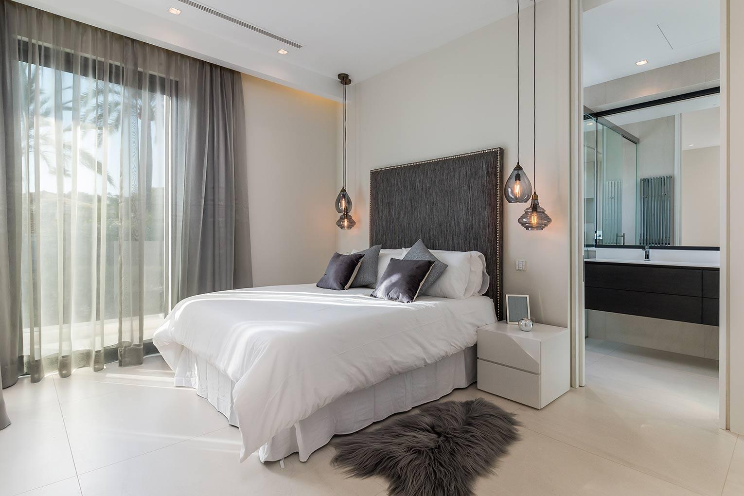 10.-2nd-Bedroom.jpg