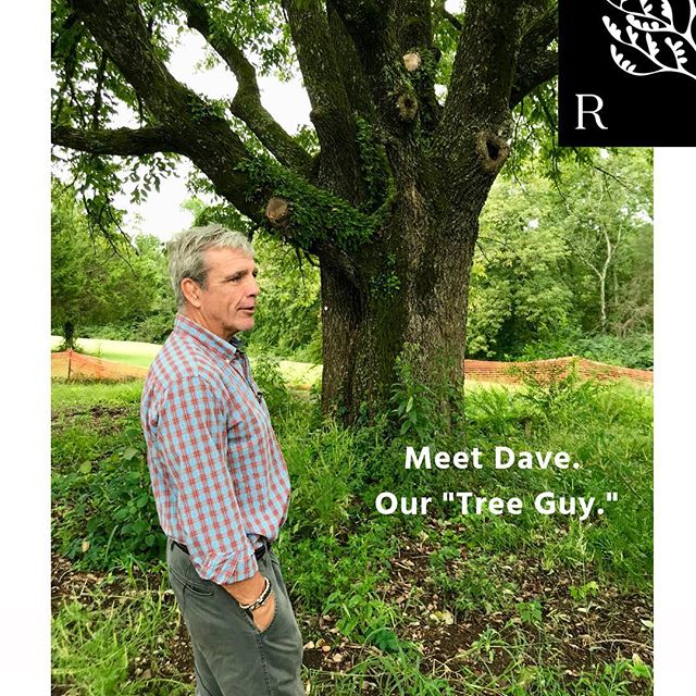 Meet Dave, he not only walked 150 acres and located our heritage trees, he also takes care of them. Standing in front of our 100+ year old Ash tree, Dave shares a few pointers on maintaining healthy 🌳 🌲 . Dave is with Urban Tree, Inc. These guys know their trees. | #discoverriverton #fivemilesfromdowntown #onthetnriver #weneedtrees #experiencenature #masterplannedcommunity #newurbanism #walkability #connections