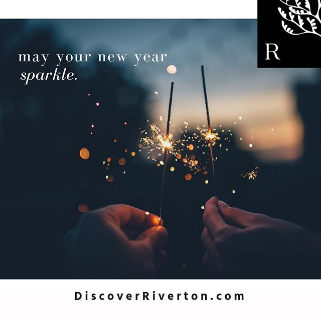 Taking a few minutes to look back on a great 2018, but eagerly awaiting all that 2019 has in store. May your new year sparkle! | #welcome2019 #goodbye2018 #lookingahead #greatthingsinstoreforyou #discoverriverton #fivemilesfromdowntown #onthetnriver #masterplannedcommunity #newurbanism