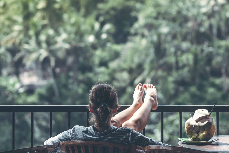 взрослый-балконный напиток-1230665.jpg