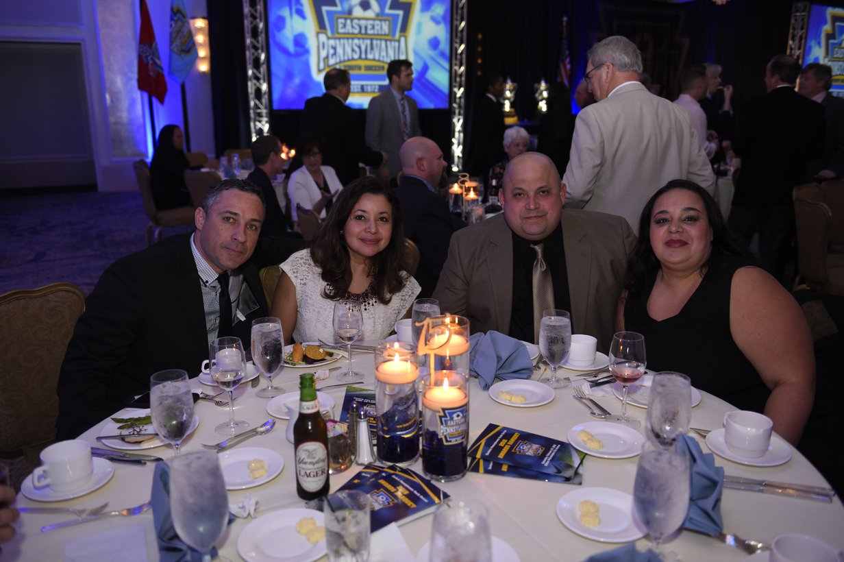 The Ortiz and Arvelo families represeting our club at the banquet.