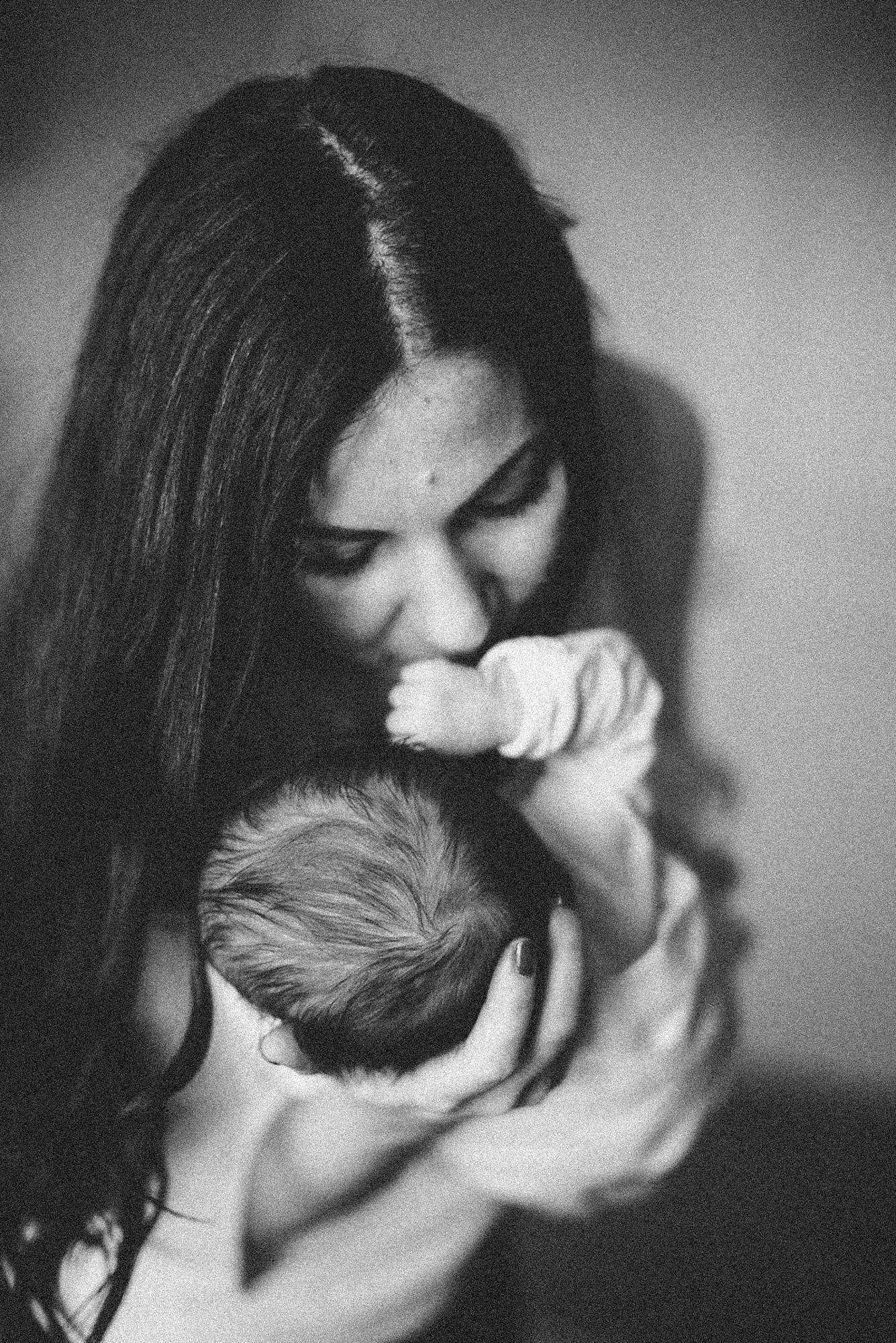 Birth Story Photography FILES Heirloom Photo Company -19.jpg