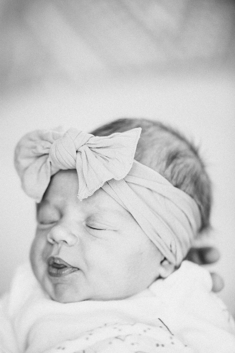 Claire Newborn Lifestyle Blog-8.jpg