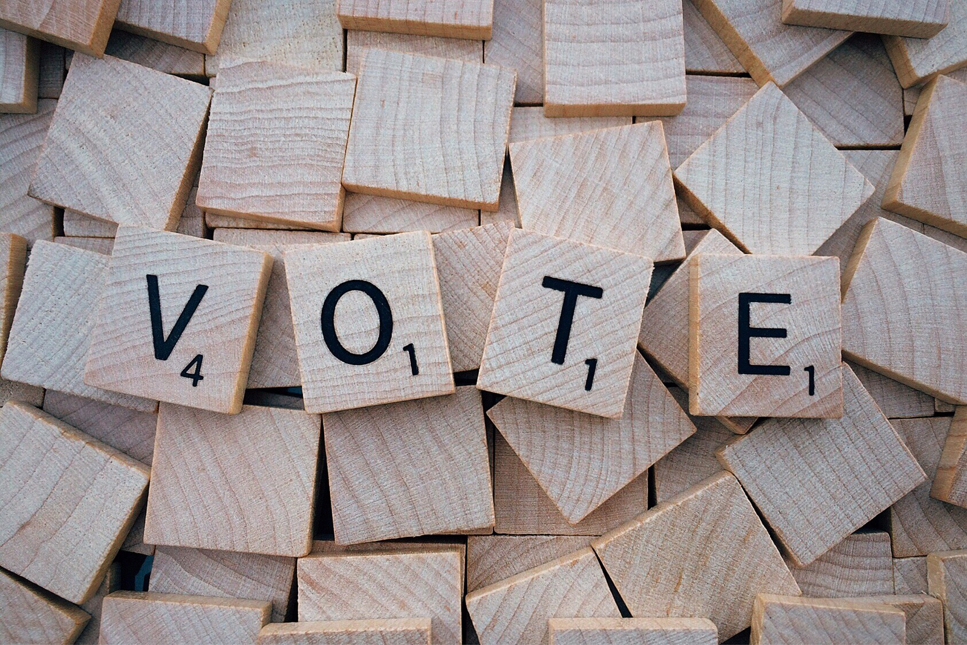 Why we're doing it... - Did you know that, on average, 47% of registered Arizona voters do not vote in midterm elections? Or that approximately 25% of eligible Arizonans are not registered to vote? We want to change that. Your vote is your voice. Use it.