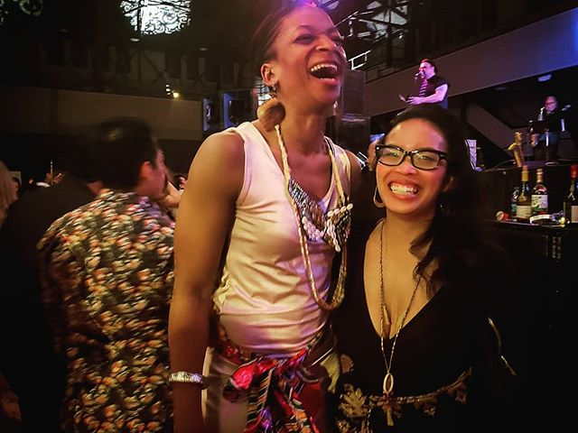 Laughter truly is the best medicine. #NYE #NewYears2019 #lateposts @carnavalsf #carnavalsf #sanfrancisco #sfbayarea #cultureandlifestyle #eclectiksol