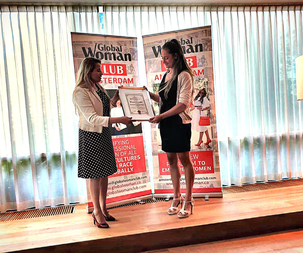 ROSANNE WINNARES GLOBAL WOMAN AWARD HOLLAND