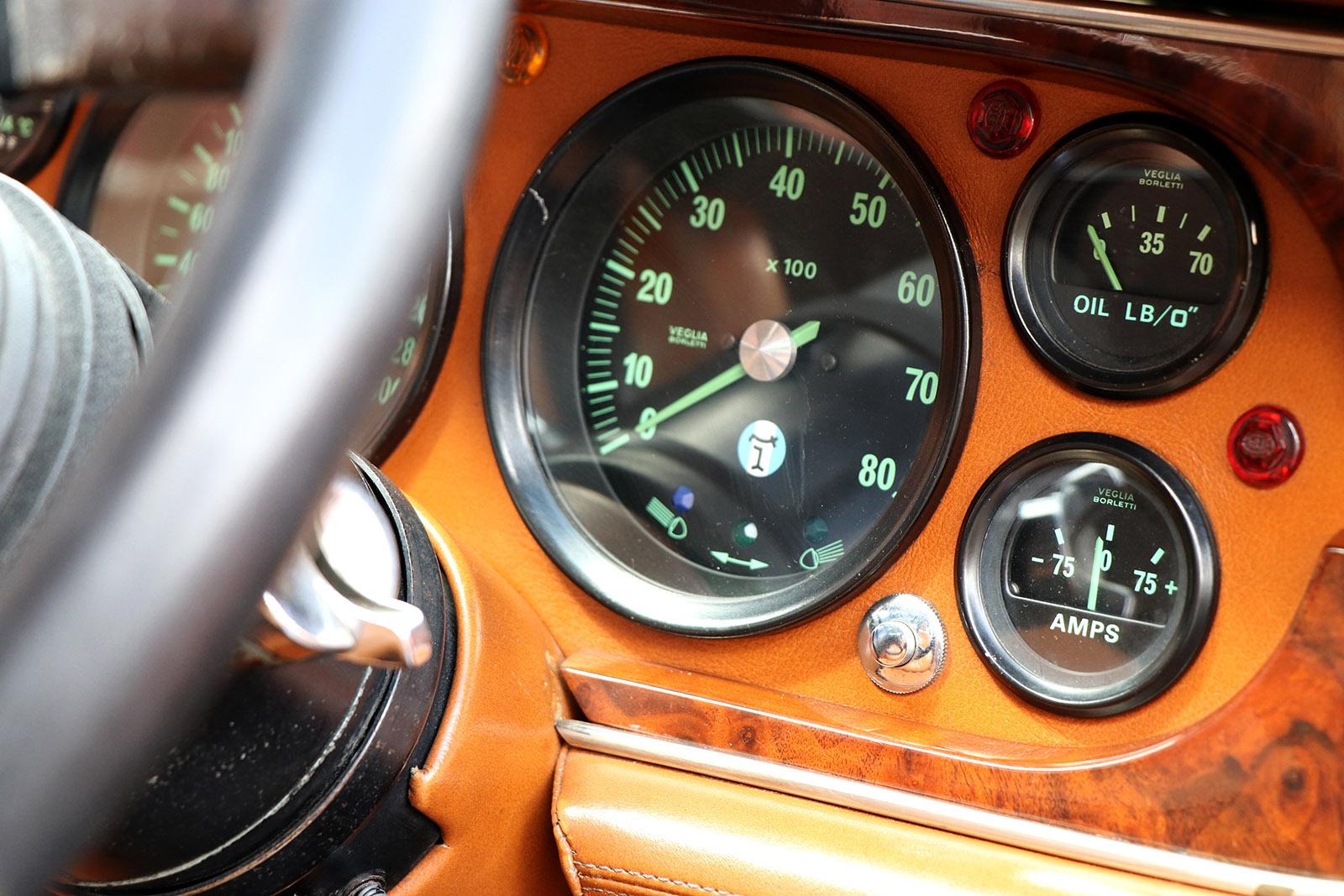 1982 series 2 burgundy deauville dashboard dials.jpg
