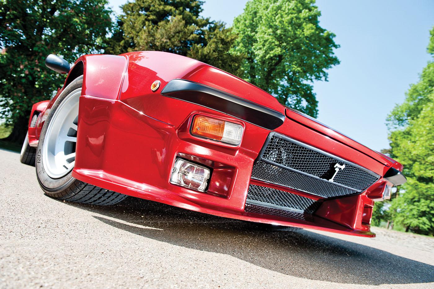 De Tomaso Pantera GT5 front below.jpg