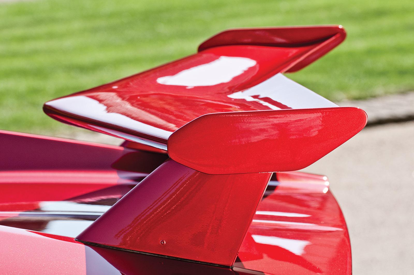 De Tomaso Pantera GT5 wing.jpg