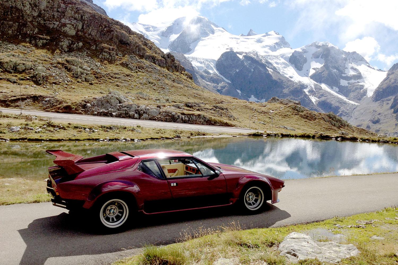 De Tomaso Pantera GT5 Red mountains web.jpg