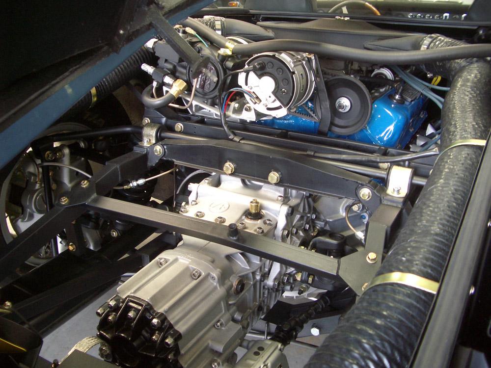 De Tomaso Mangusta Engine 3 web.jpg