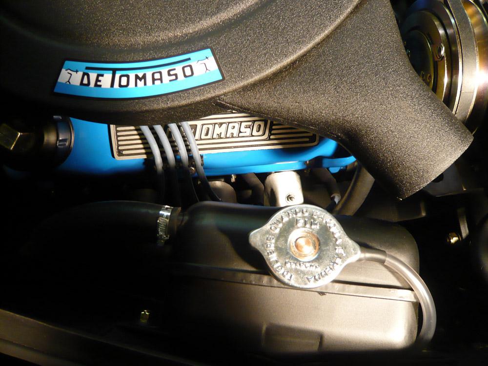De Tomaso Mangusta Engine 1 web.jpg