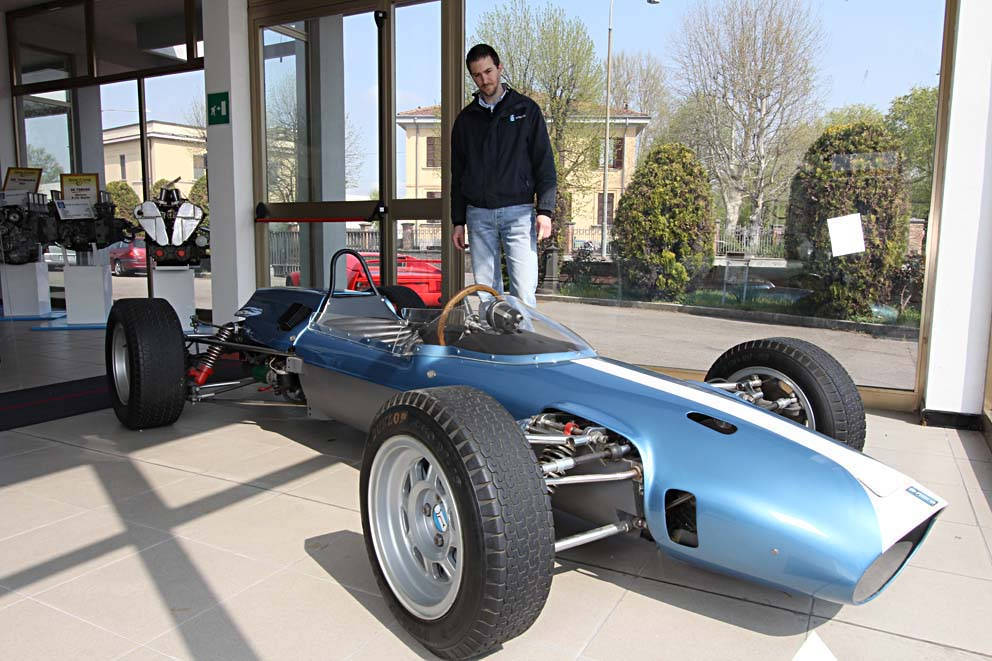1963 De Tomaso Formula 3, featuring an innovative cast magnesium chassis and powered by a four-cylinder 1000 cc Ford Cortina engine, tuned by Holbay. Its light weight allowed a top speed of 155 mph.