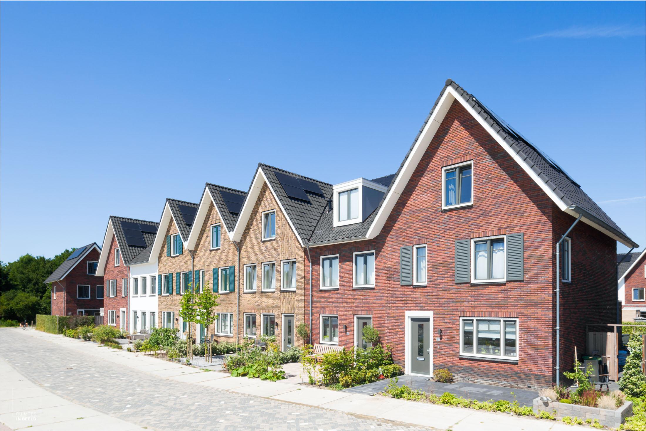 Van Wijnen, Dordrecht