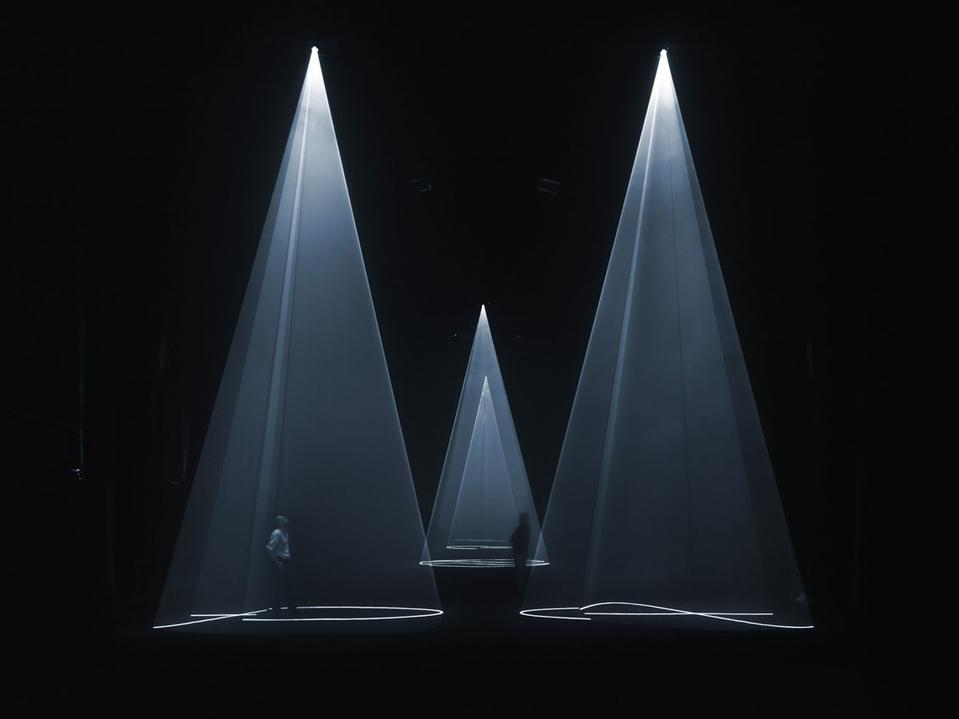 AnthonyMcCall-LightInstallationArt-DeNada.jpeg