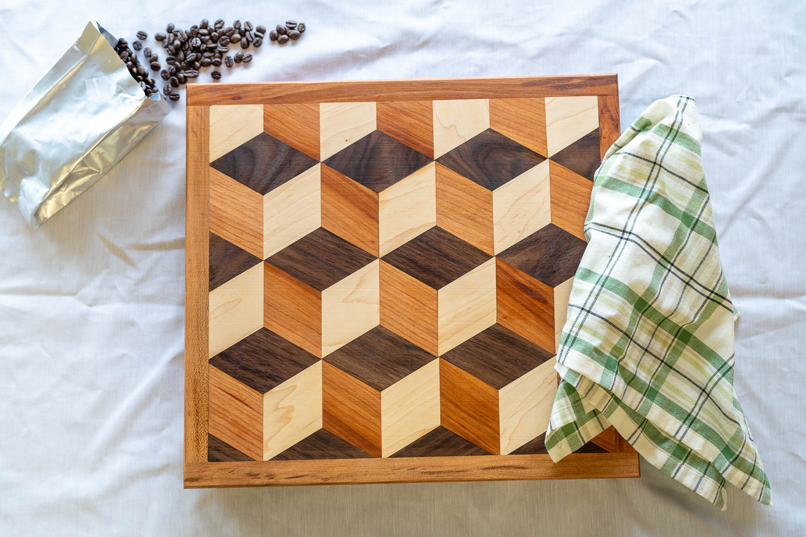 Hexagon Geometric Design Cutting Board-2.jpg