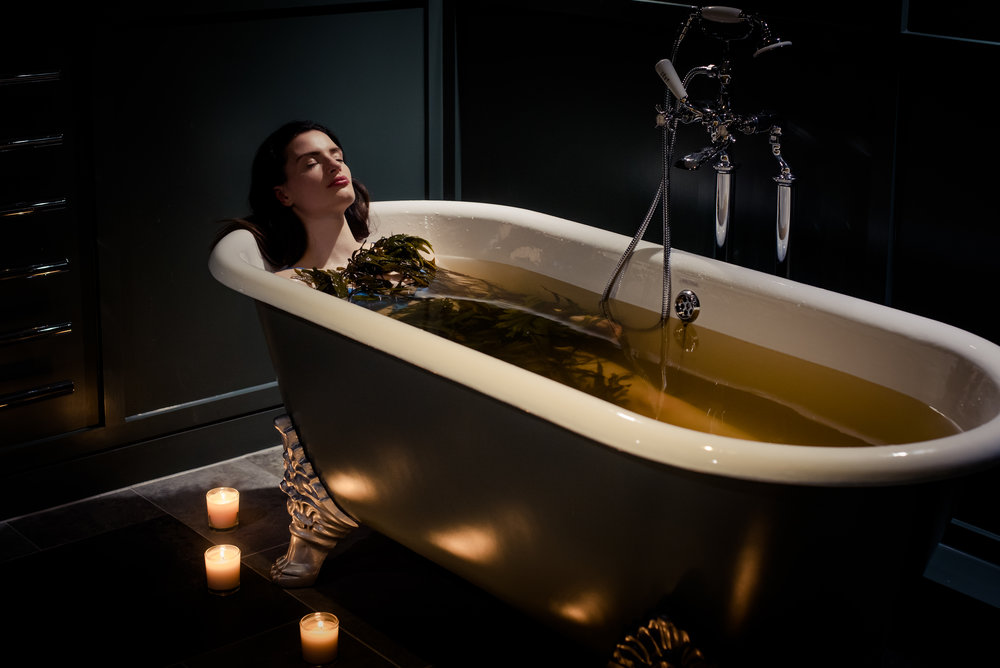Osprey+Spa+Candle+Lit+Seaweed+Bath.jpg