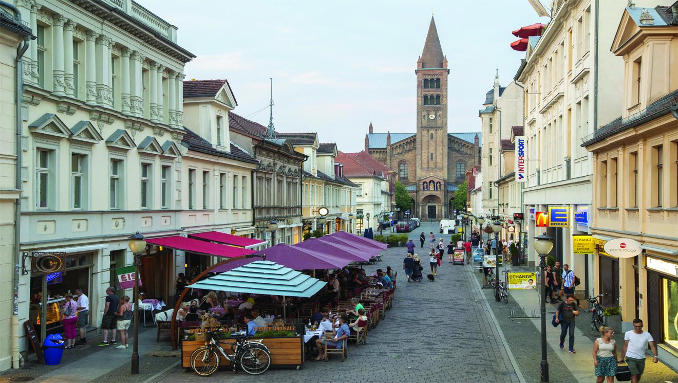 Brandenburger_Strasse_(c)_PMSG_Andre_Stiebitz_web.jpg