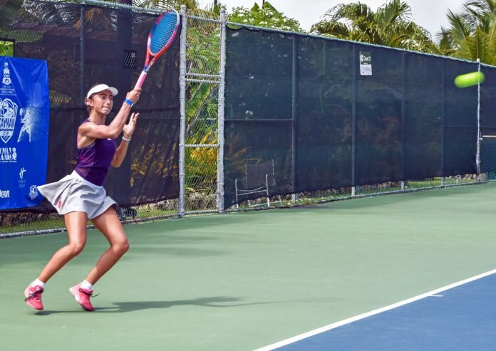 Patsy Daughters plays during the first day of Cayman Cup. - Photos: Alvaro Serey