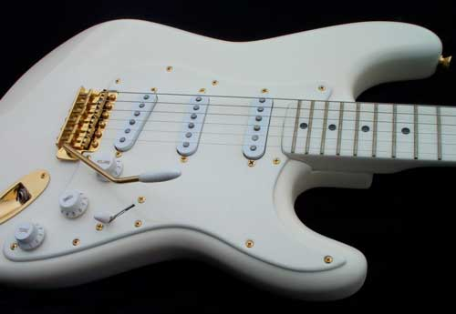 White & Gold Custom Fender Stratocaster