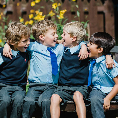 Hessle-Mount-Who+we+are-Boys-on-the-bench.jpg