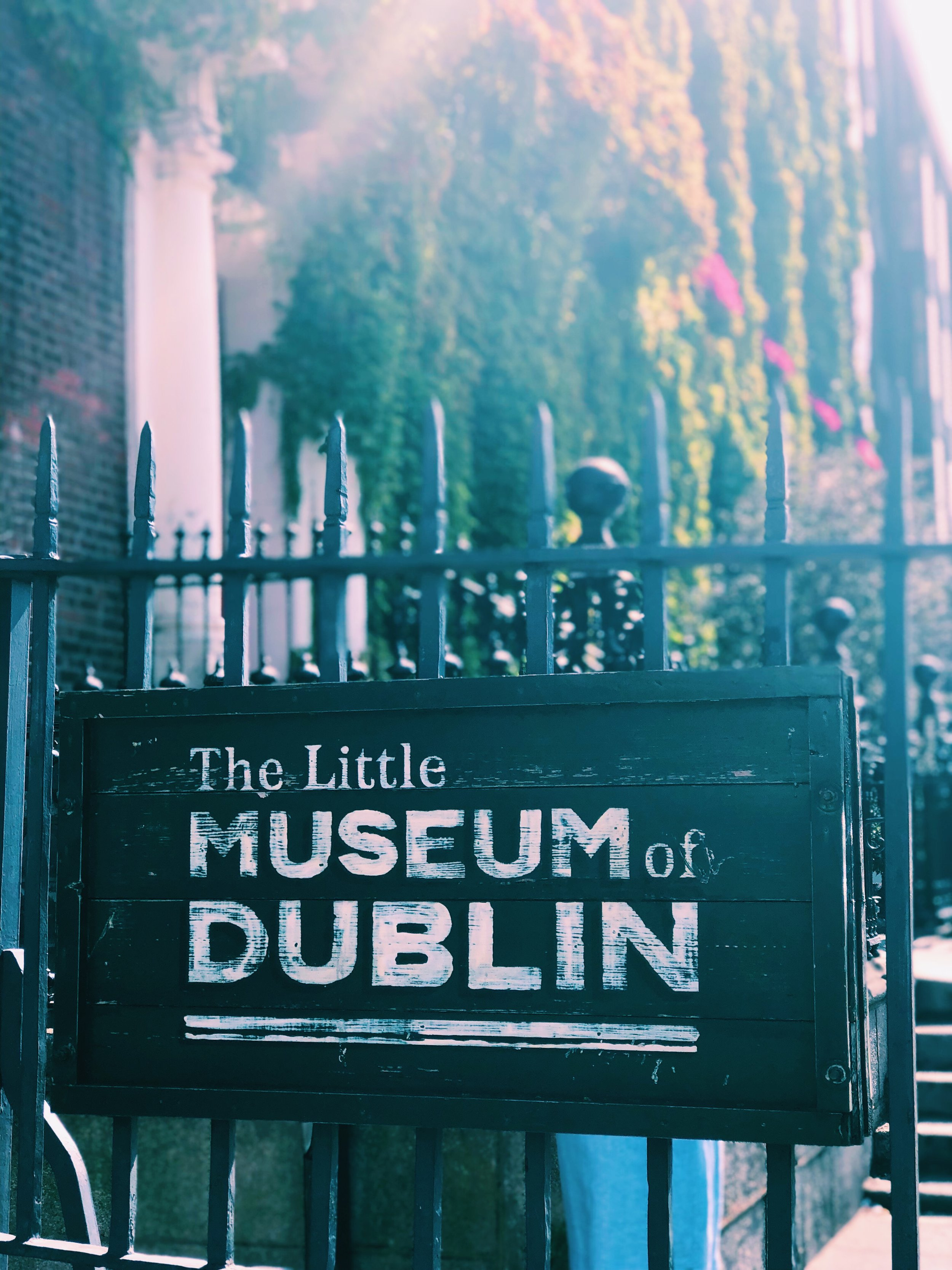Little-Musuem-of-Dublin-Vintage-Tea-Tours