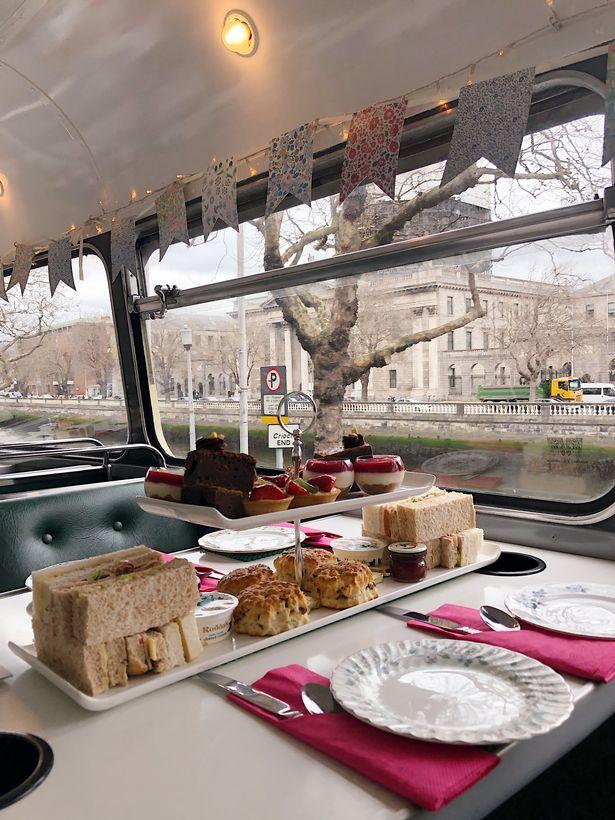 vintage-bus-tour