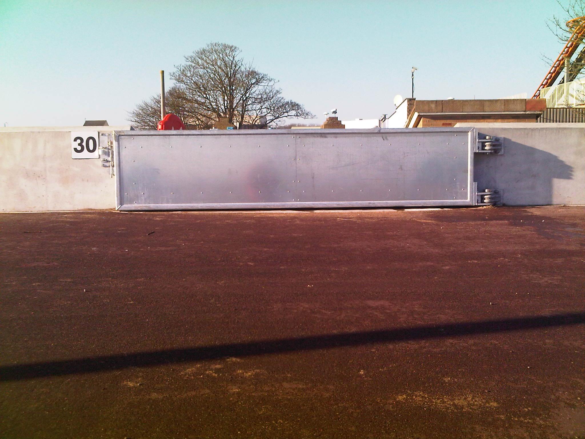 1st defence fabrications Ltd storm gate 4