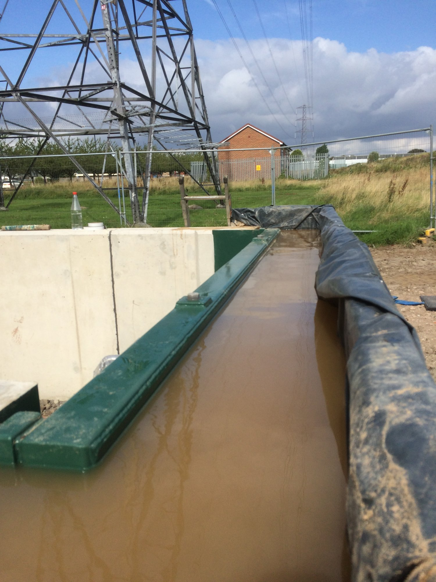 1stDefence Fabrications successfully testing a single flood gate  at an electricity sub-station. Protecting the electricity  supply for the local community.