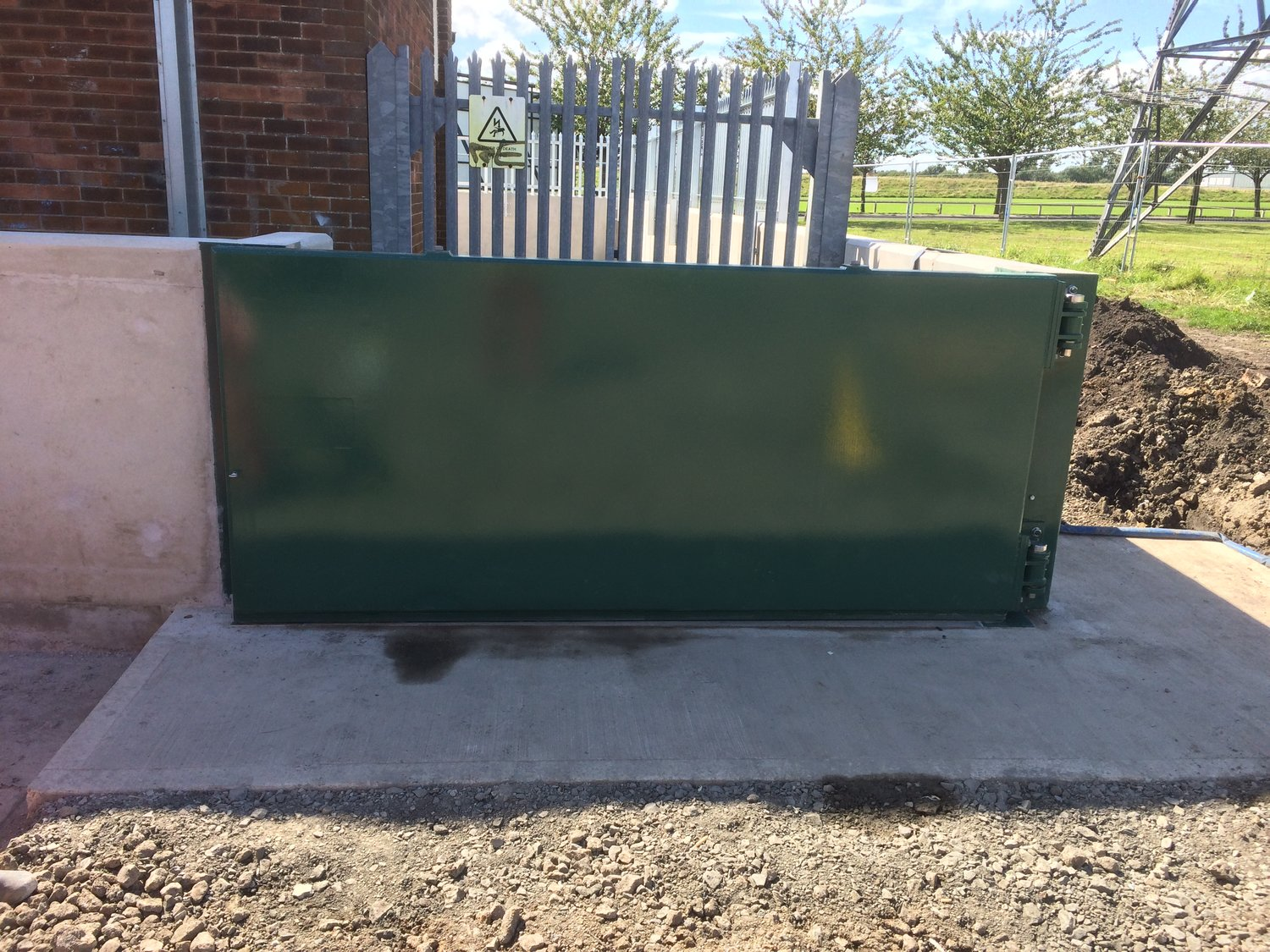 A single flood gate as the 1stdefence for protecting  a utility compound. Preventing any interruption of electricity  supply during flooding
