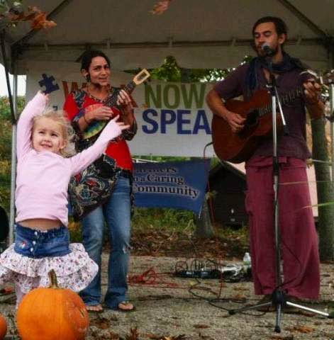 Beloved by the littlest of music fans, Sunny Train plays at 4pm at LYSB.