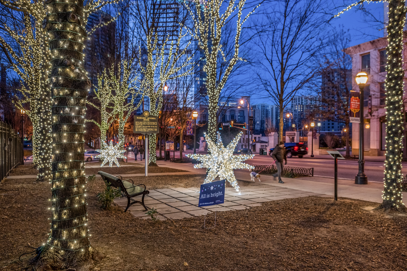 MA_HolidayLights2018_MargaretMitchell-178_web.png