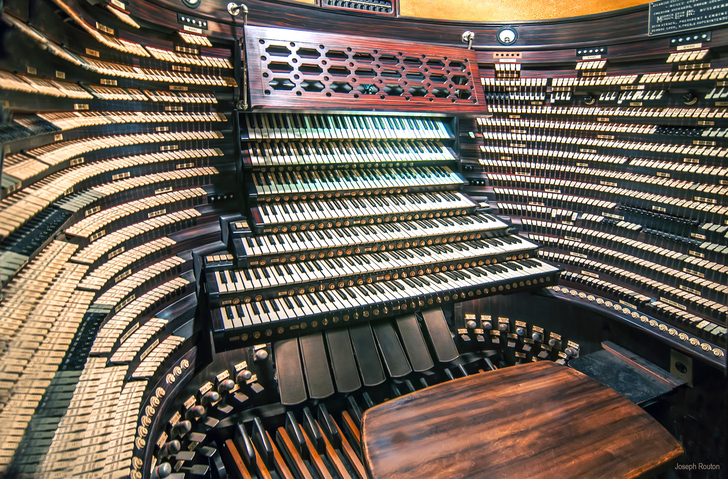 The Midmer-Losh Organ in the main auditorium of Boardwalk Hall, Atlantic City, NJ