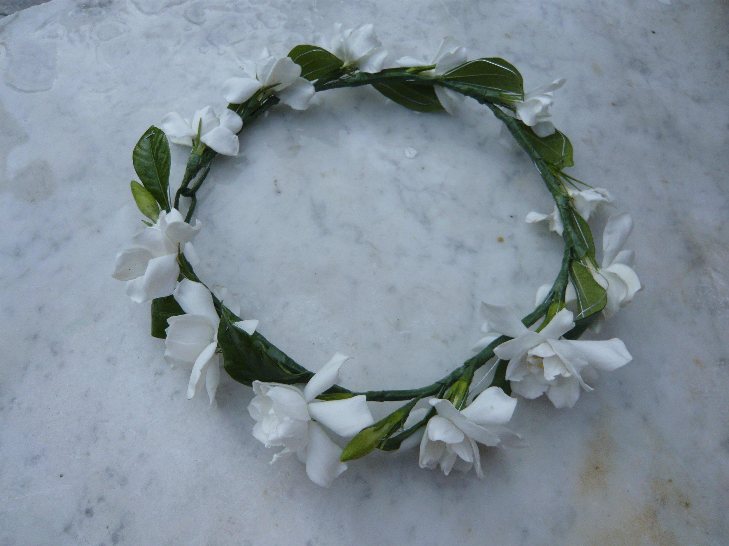 gardenia circlet
