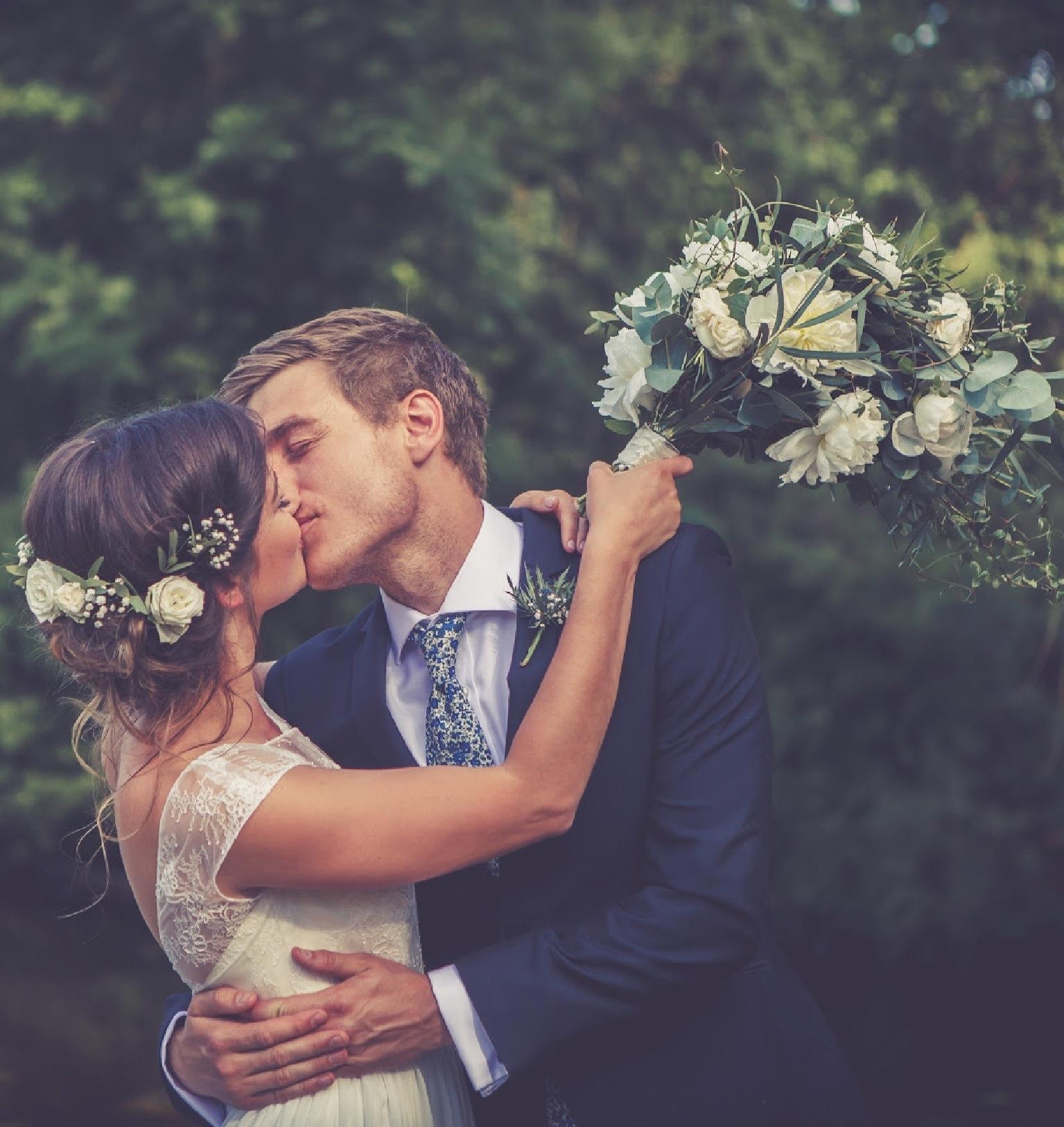 garden wedding, east bergholt