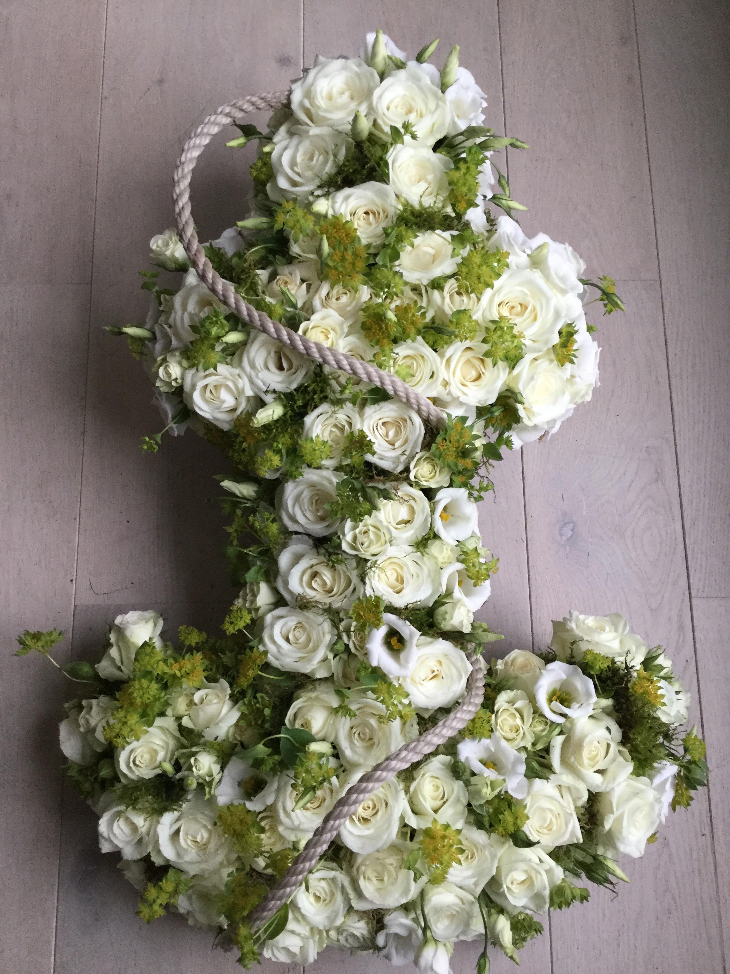 sympathy-flower-anchor-rose-rope.jpg
