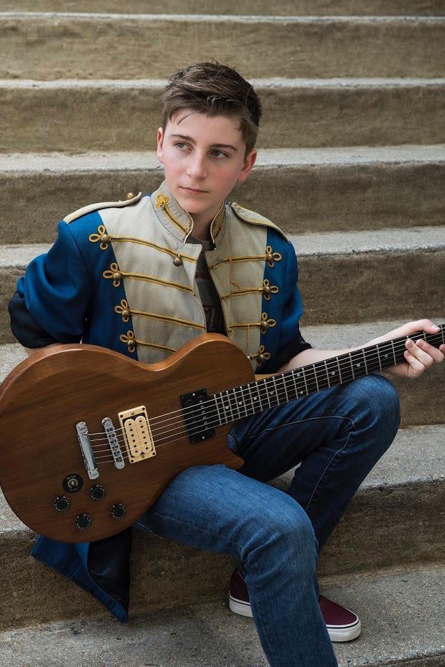 Jersey-Sullivan-guitar-steps-color-2.jpg