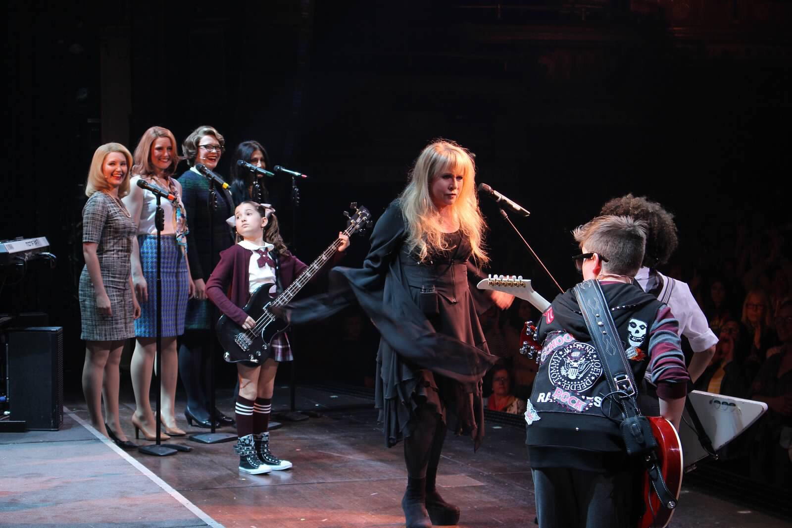 Jersey-Sullivan_Stevie-Nicks-onstage-SOR.jpg
