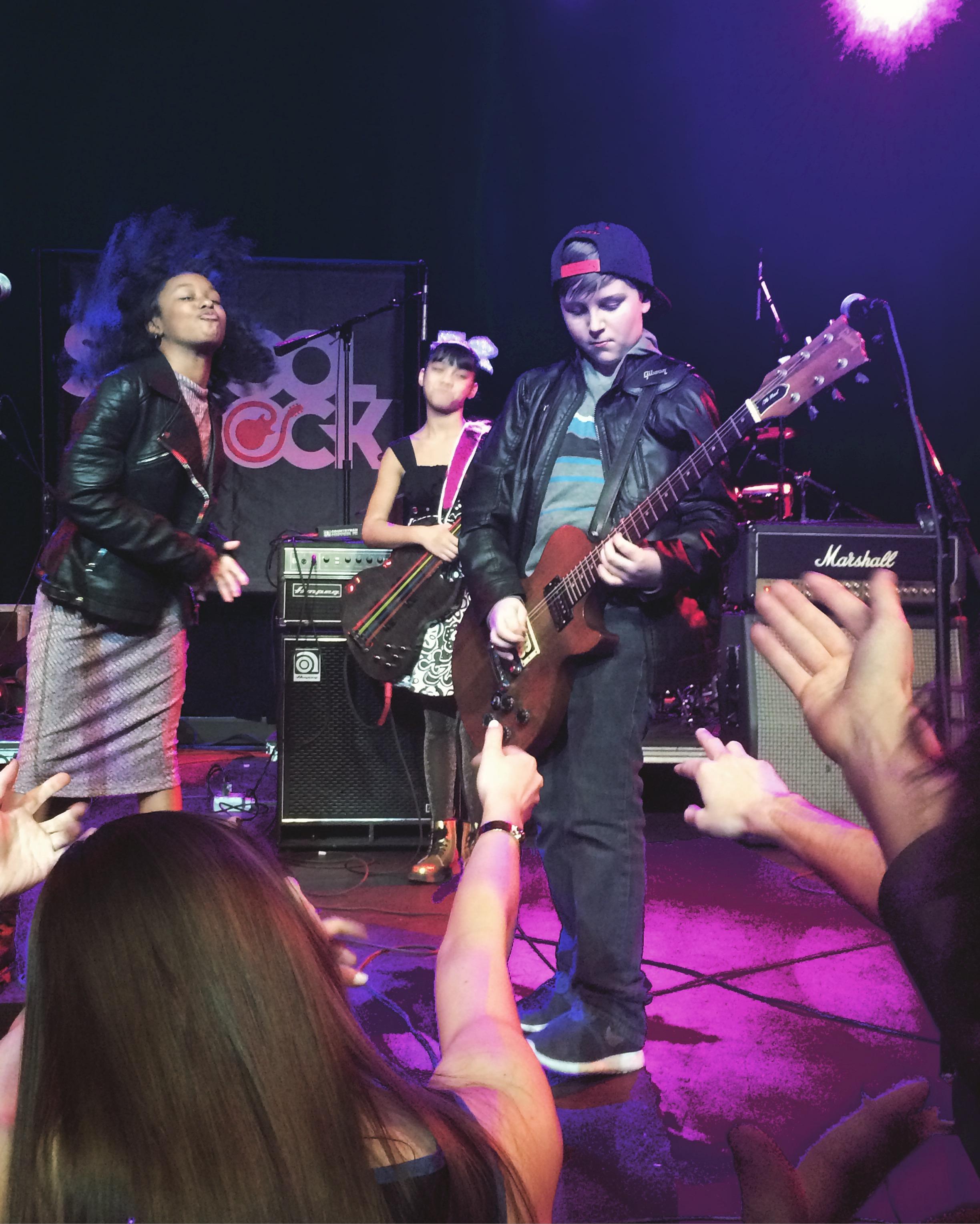 Jersey-Sullivan_hard-rock-cafe-benefit-guitar-1.jpg